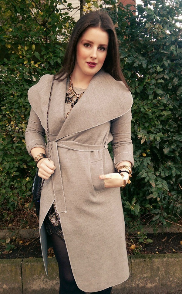 LOOK OF THE DAY: The Classy Coat