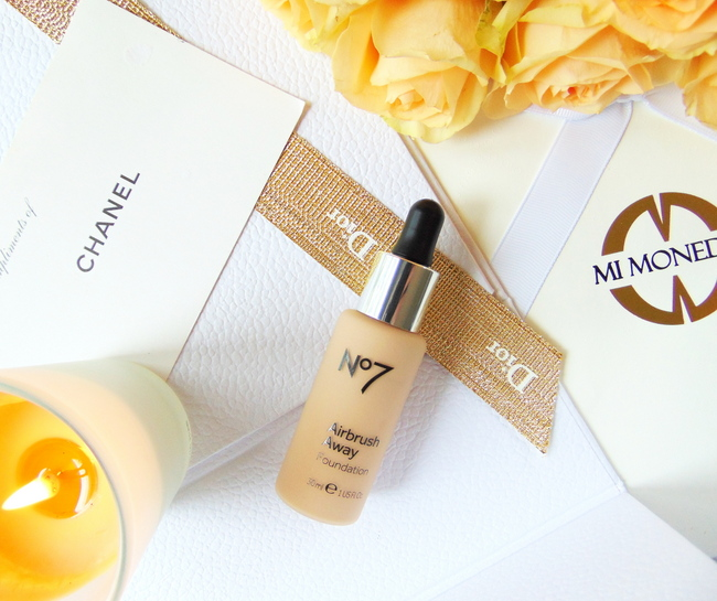 REVIEW: No7 Airbrush Away foundation in 'Calico'