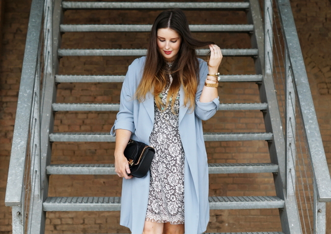 LOOK OF THE DAY: Lightblue Lace