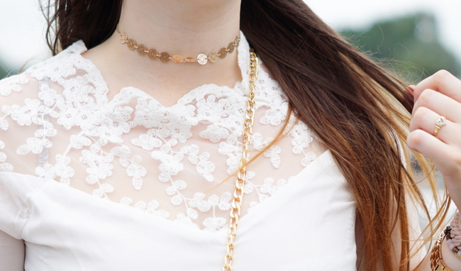 LOOK OF THE DAY: Sammydress lace blouse