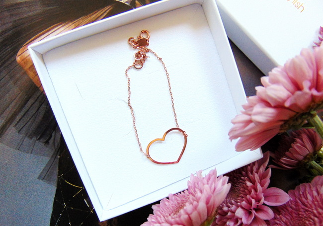 NEW IN: Super Stylish roségouden Heart bracelet