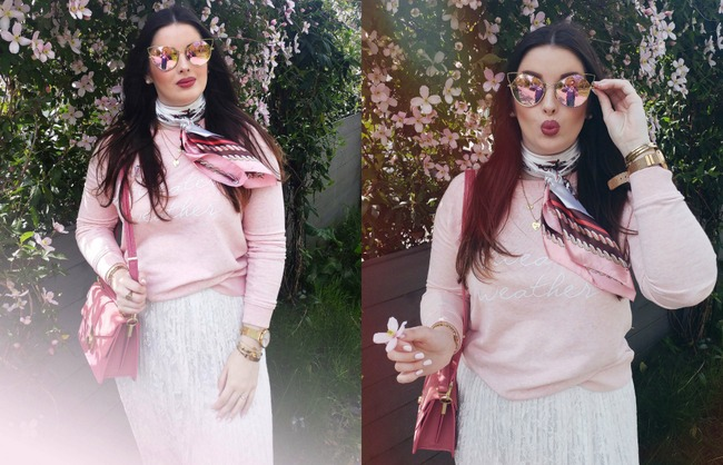 LOOK OF THE DAY: Pink sweater weather