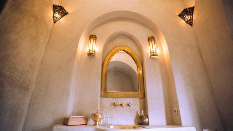 Je badkamer in hotel stijl